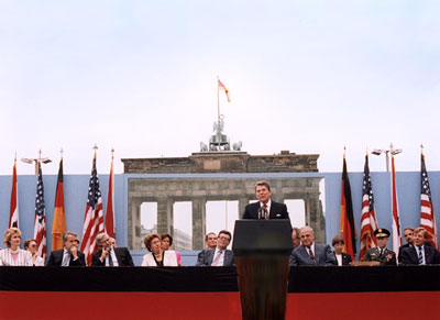 reagan-speech-brandengurg